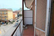 Immagine n3 - Appartamento piano terzo di palazzina e garage - Asta 6953