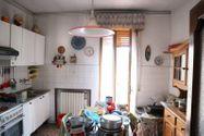 Immagine n4 - Appartamento piano terzo di palazzina e garage - Asta 6953