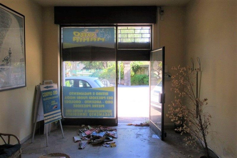 #6955 Bottega commerciale in palazzina residenziale in vendita - foto 3