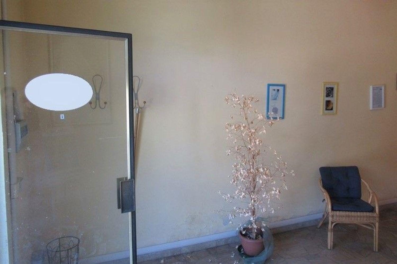 #6955 Bottega commerciale in palazzina residenziale in vendita - foto 5