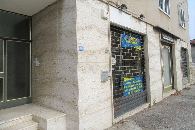 #6955 Bottega commerciale in palazzina residenziale in vendita - foto 11