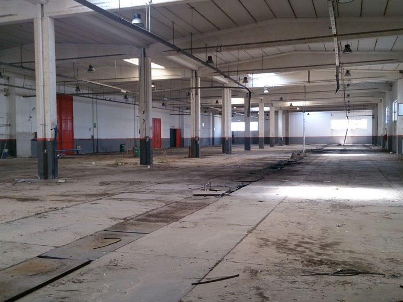 #6958 Stabilimento industriale con terreno edificabile