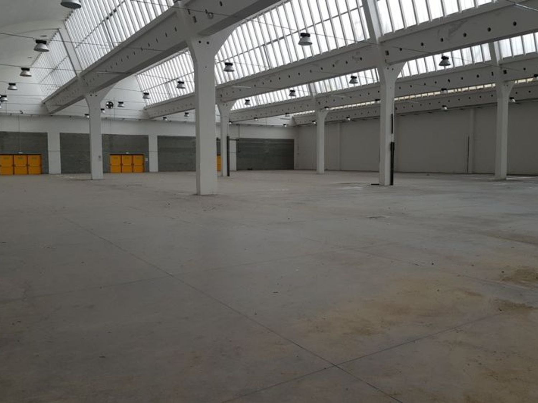 Immagine n. 1 - #7003 Unità produttive adibite a centro espositivo