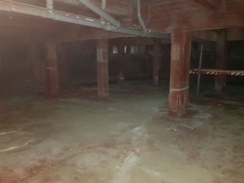 Immagine n. 9 - #7003 Ampi capannoni in complesso commerciale produttivo