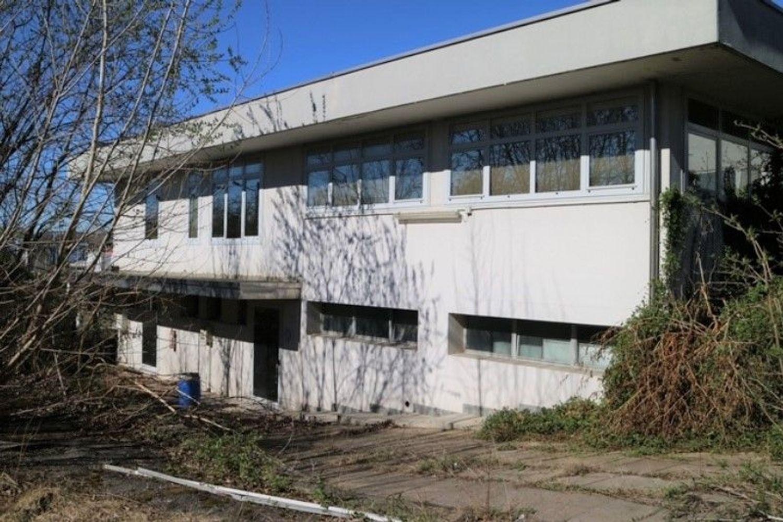 #7006 Opificio artigianale con vasche di depurazione in vendita - foto 7