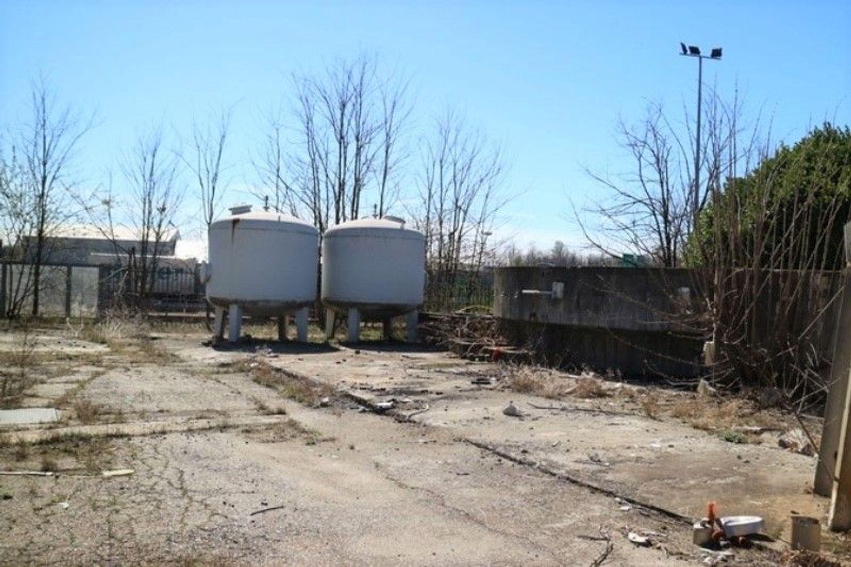 #7006 Opificio artigianale con vasche di depurazione in vendita - foto 11