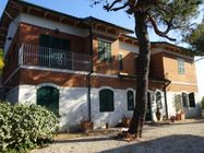 Immagine n0 - Detached house with large garden - Asta 7010