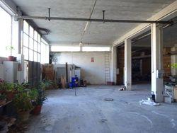Magazzino/laboratorio di 432 mq