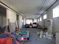 Magazzino/laboratorio di 498 mq