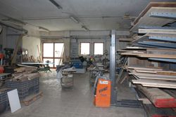 Workshop in craft complex  sub    - Lote 7046 (Subasta 7046)