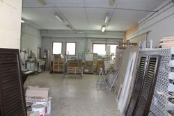 Workshop in craft complex  sub    - Lote 7048 (Subasta 7048)