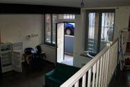 Immagine n3 - Ufficio con ballatoio al piano seminterrato - Asta 7076