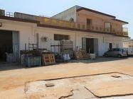 Immagine n1 - Laboratorio con deposito e porzione di piazzale - Asta 7133