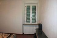 Immagine n6 - Appartamento al secondo piano di un'ampia Villa - Asta 7138
