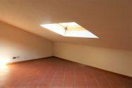 Immagine n8 - Appartamento al secondo piano di un'ampia Villa - Asta 7138