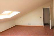 Immagine n9 - Appartamento al secondo piano di un'ampia Villa - Asta 7138