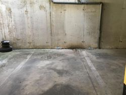 Covered parking space in the condominium building  Sub      - Lote 7210 (Subasta 7210)