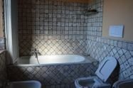 Immagine n8 - Detached villa with pool - Asta 7269