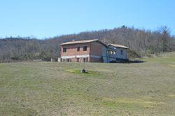 Villa indipendente al grezzo (map. 92)