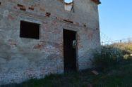 Immagine n5 - Fabbricati rurali per 2.140 mq - Asta 7278