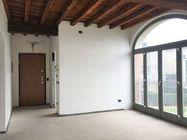 Immagine n0 - Appartamento grezzo al piano primo (sub 713) - Asta 7308