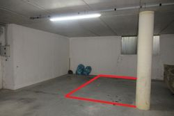 Parking space  sub      in a renovated complex - Lote 7325 (Subasta 7325)