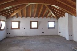 Unfinished office on the first floor with appurtenances - Lot 7328 (Auction 7328)