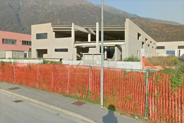 #7341 Capannone artigianale in costruzione