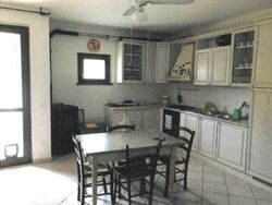 Apartment with garage in a real estate complex  Sub   .    - Lot 7379 (Auction 7379)