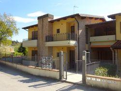 Appartamento con garage in complesso immobiliare (Sub 11,30)
