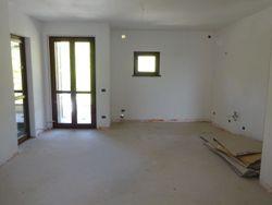 Appartamento con garage al grezzo (Sub 14,29)