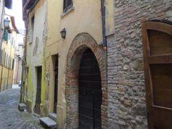 Abitazione su tre piani in centro storico