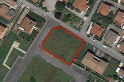Residential building land of      square meters - Lot 7430 (Auction 7430)