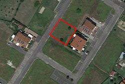 Residential building land of     square meters  part.      - Lote 7432 (Subasta 7432)