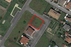 Terreno edificabile residenziale e quota di 2/21 di area - Lotto 7435 (Asta 7435)