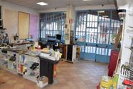 Immagine n5 - Complesso commerciale con piazzale - Asta 7450