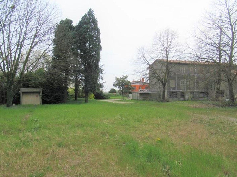Immagine n. 4 - #7454 Complesso artigianale con uffici e terreni annessi
