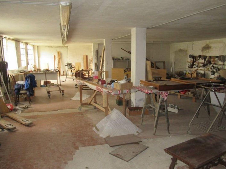 Immagine n. 12 - #7454 Complesso artigianale con uffici e terreni annessi