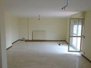 Immagine n1 - Appartamento con cantina e posto auto (Sub 12, 67, 57) - Asta 7472