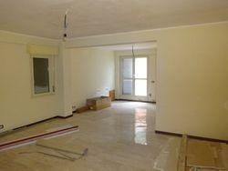 Appartamento con cantina e posto auto (Sub 33, 74, 59)
