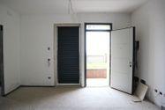 Immagine n2 - Appartamento con giardino (sub 48) e posto auto - Asta 7533