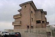 Immagine n8 - Appartamento con giardino (sub 48) e posto auto - Asta 7533