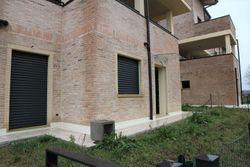 Appartamento con giardino (sub 29) e posto auto