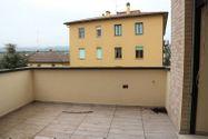 Immagine n3 - Appartamento con soffitta (sub 31) e garage - Asta 7538