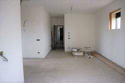 Appartamento con soffitta (sub 32) e garage