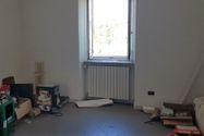 Immagine n8 - Bar con servizi e appartamenti sovrastanti - Asta 7542