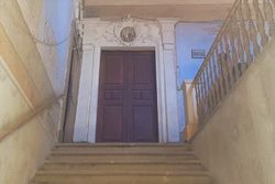 House in a historic   th century building - Lot 7544 (Auction 7544)