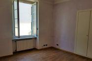 Immagine n2 - Appartamento piano quarto in zona centrale - Asta 7549