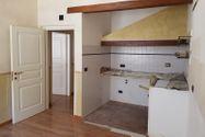 Immagine n5 - Appartamento piano quarto in zona centrale - Asta 7549
