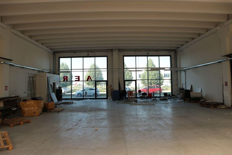 Immagine n. 2 - #7556 Porzione di magazzino di 630 mq
